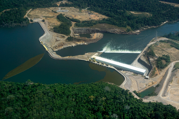 Barragem de Teles Pires (Foto:  Rogério Assis/Greenpeace)