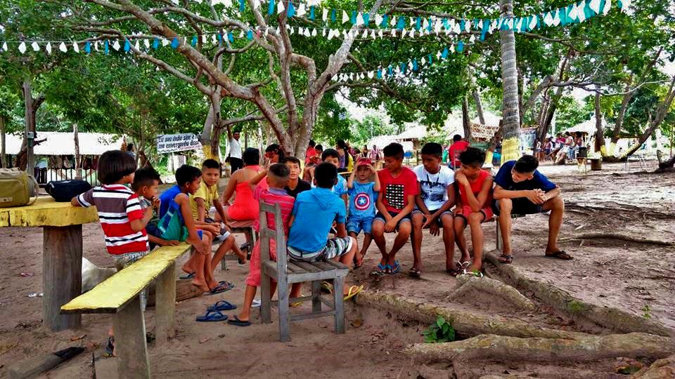 Povos Indígenas do Baixo Tapajós reunidos na aldeia Aningalzinho, em Santarém, Pará (Foto: CGI/Facebook)