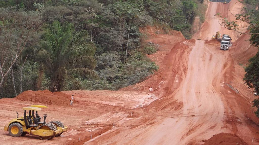 Trecho da rodovia BR-163, no Pará. (Fotos: PAC/2013)