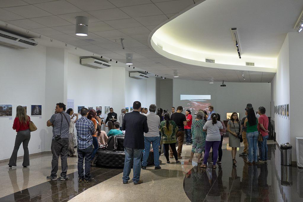 Abertura da exposição no ICBEU (Foto: Gedeon Santos Filho)