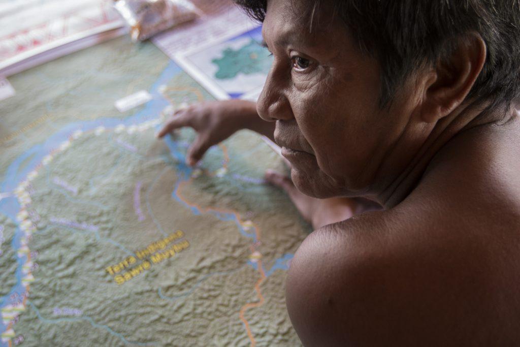 Cacique da aldeia Sawré Muybu, Juarez Saw Munduruku (Foto: Ana Mendes/Amazônia Real)