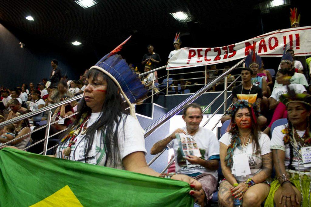 Protesto pelo Dia do Índio na Assembleia Legislativa do Amazonas (Foto Alberto César Araújo/Amazônia Real)
