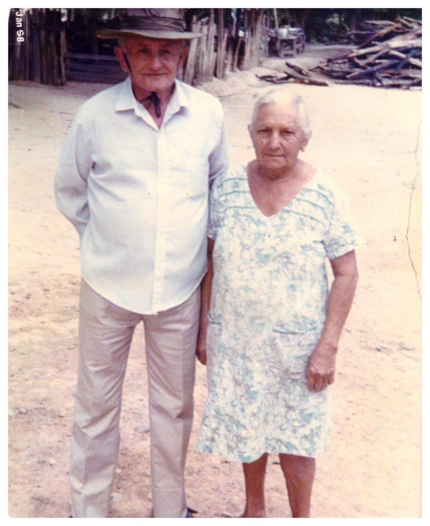Os fundadores da fazenda São Francisco do Anzol, Cleodon Pereira de Melo e Maria Alzira Melo (Arquivo pessoal Ana Melo)