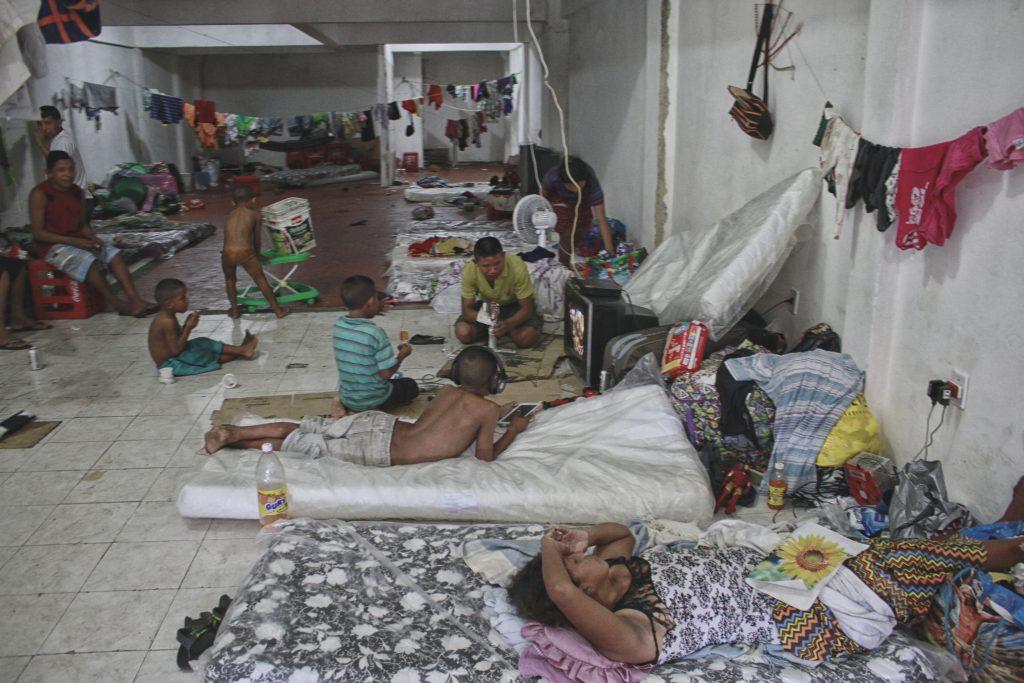 Indígenas Warao moram em abrigo improvisado em Manaus (Foto: Alberto César Araújo/Amazônia Real)
