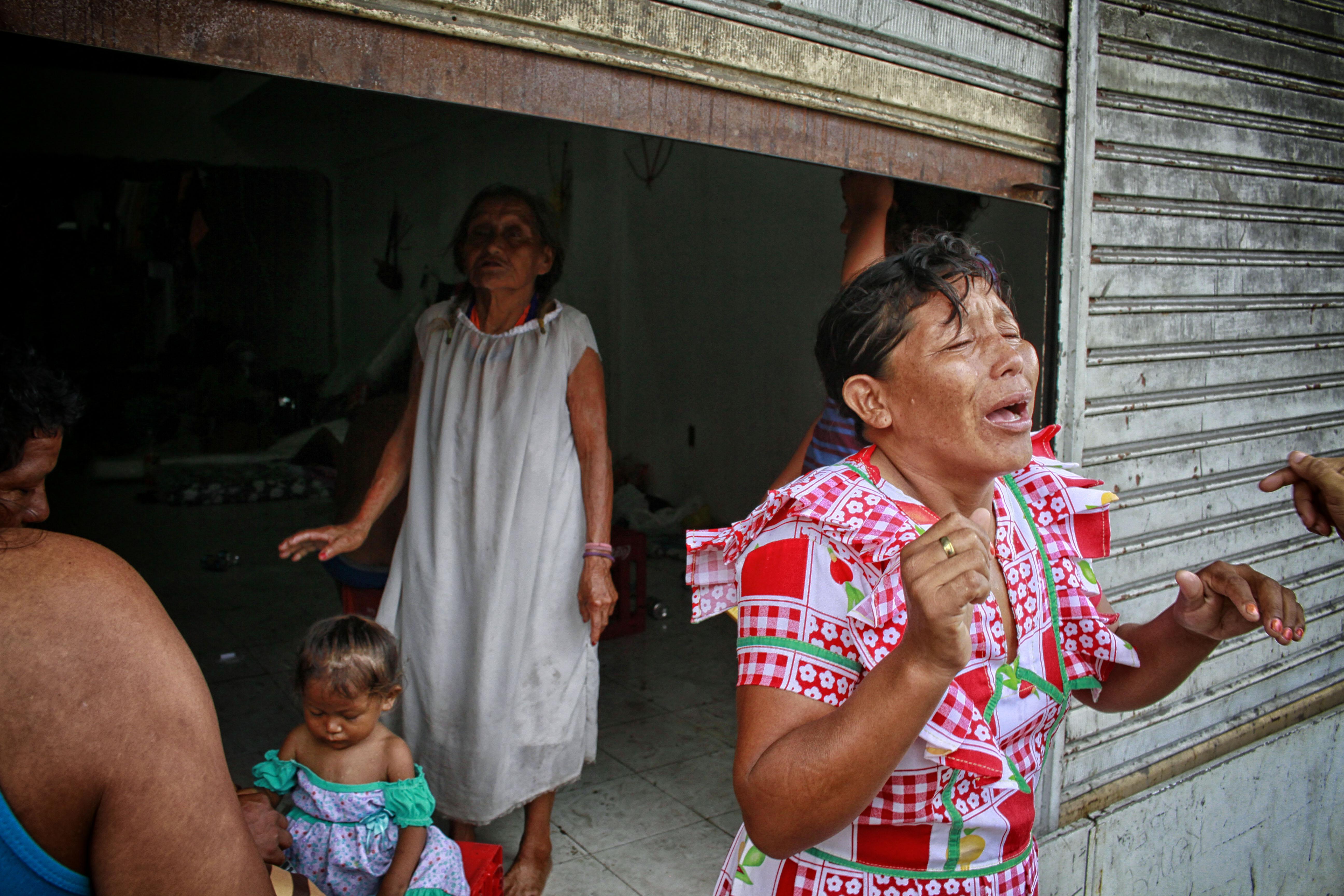 Soterina Perez, de 40 anos, que perdeu o bebê Mariana,  vítima de catapora (Foto: Alberto César Araújo/Amazônia Real)