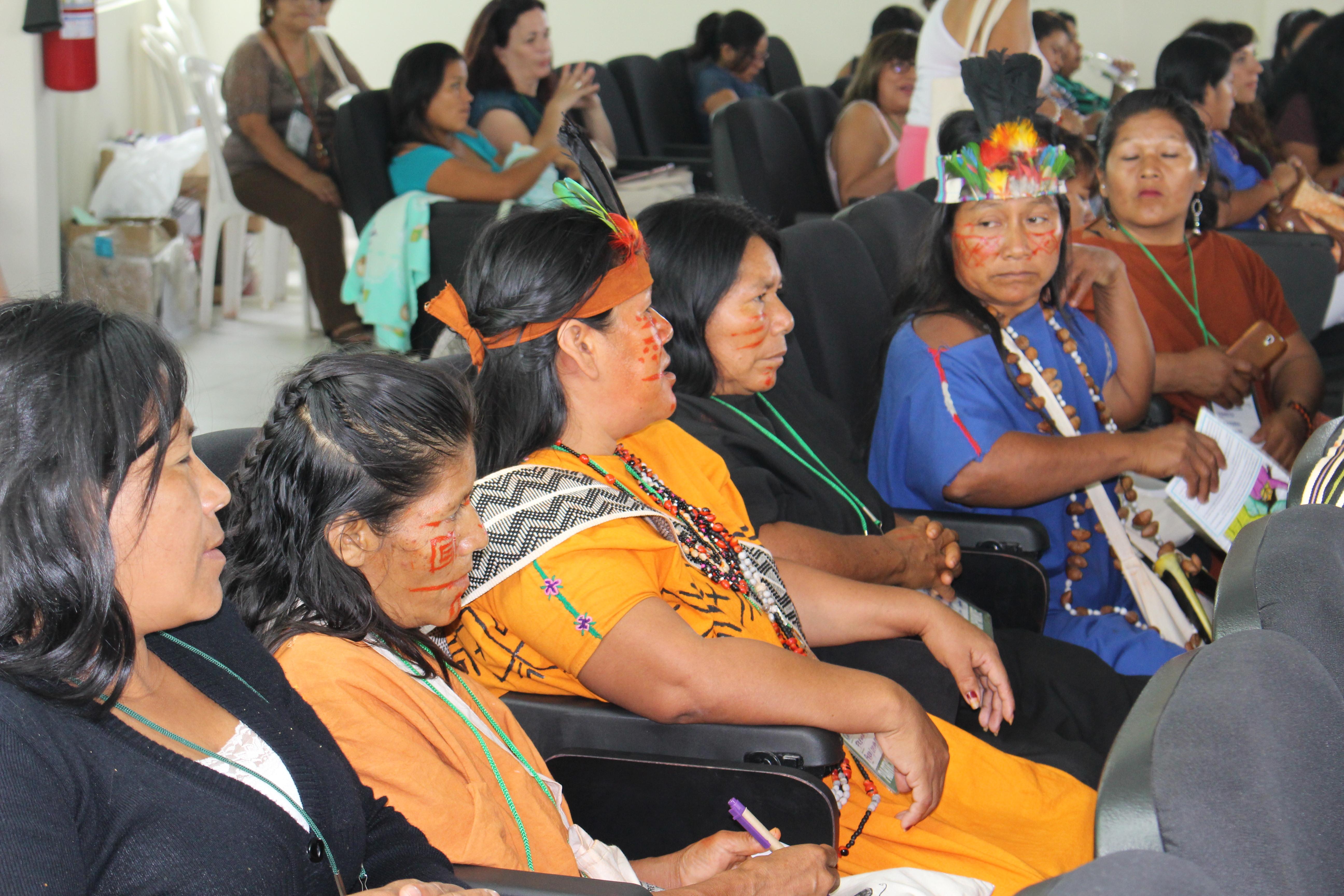 A força e a voz das mulheres indígenas Sikuani, etnia da Colômbia e Venezuela