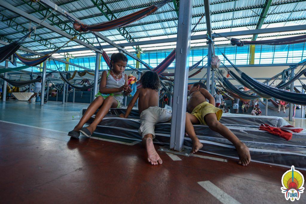 No abrigo de Manaus, governo fez um redário para os índios Warao (Foto: Mário Vilela/Funai)