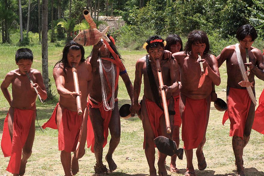 MPF pede investigação de morte de cacique Wajãpi após invasão de garimpeiros no Amapá