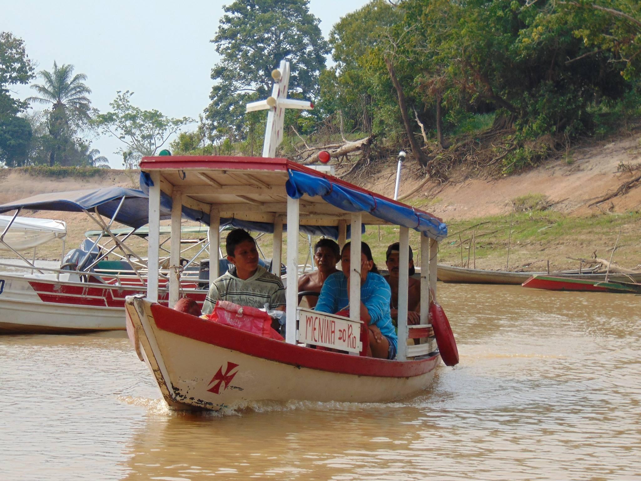 Comunidades quilombolas do Rio Andirá aguardam título de terra no Amazonas