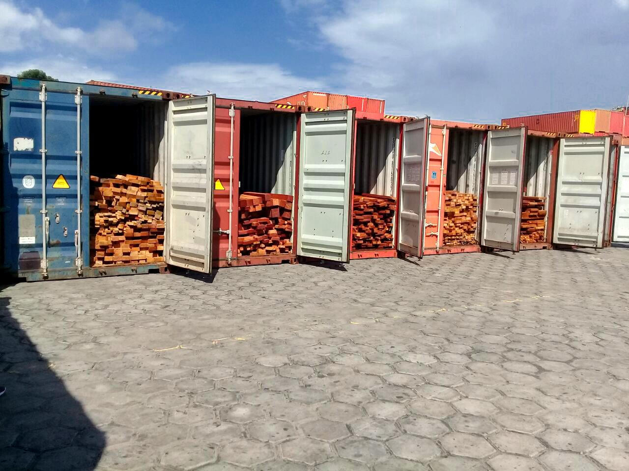 Fraude comercial de madeireira é descoberta no porto Chibatão, em Manaus