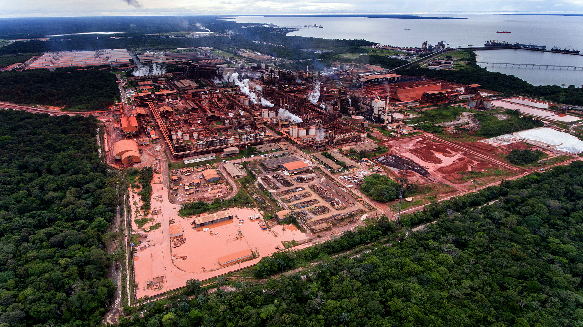 """Governo Temer minimiza incidente com a Hydro e diz que poluição é """"de caráter agudo"""" em Barcarena"""