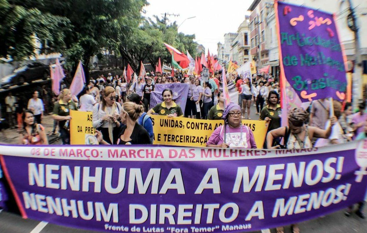 Por que as mulheres param no 8 de Março?