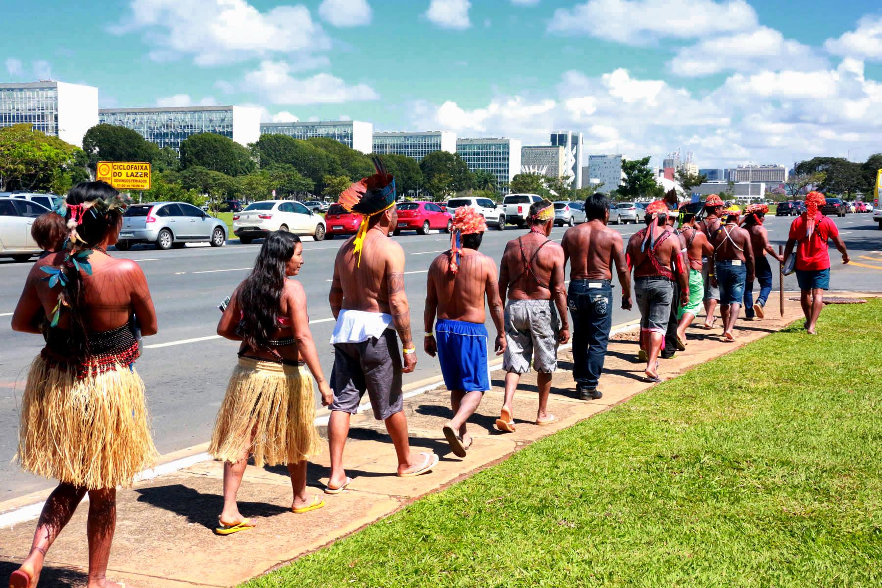 Três decretos de regularização de terras indígenas aguardam por assinatura de Temer
