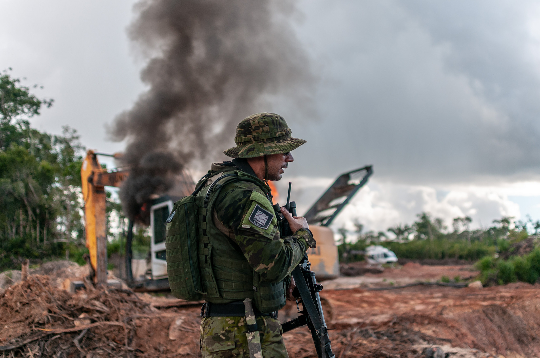 """""""É melhor preservar vidas do que vegetação"""", diz comandante da PM de Rondônia"""