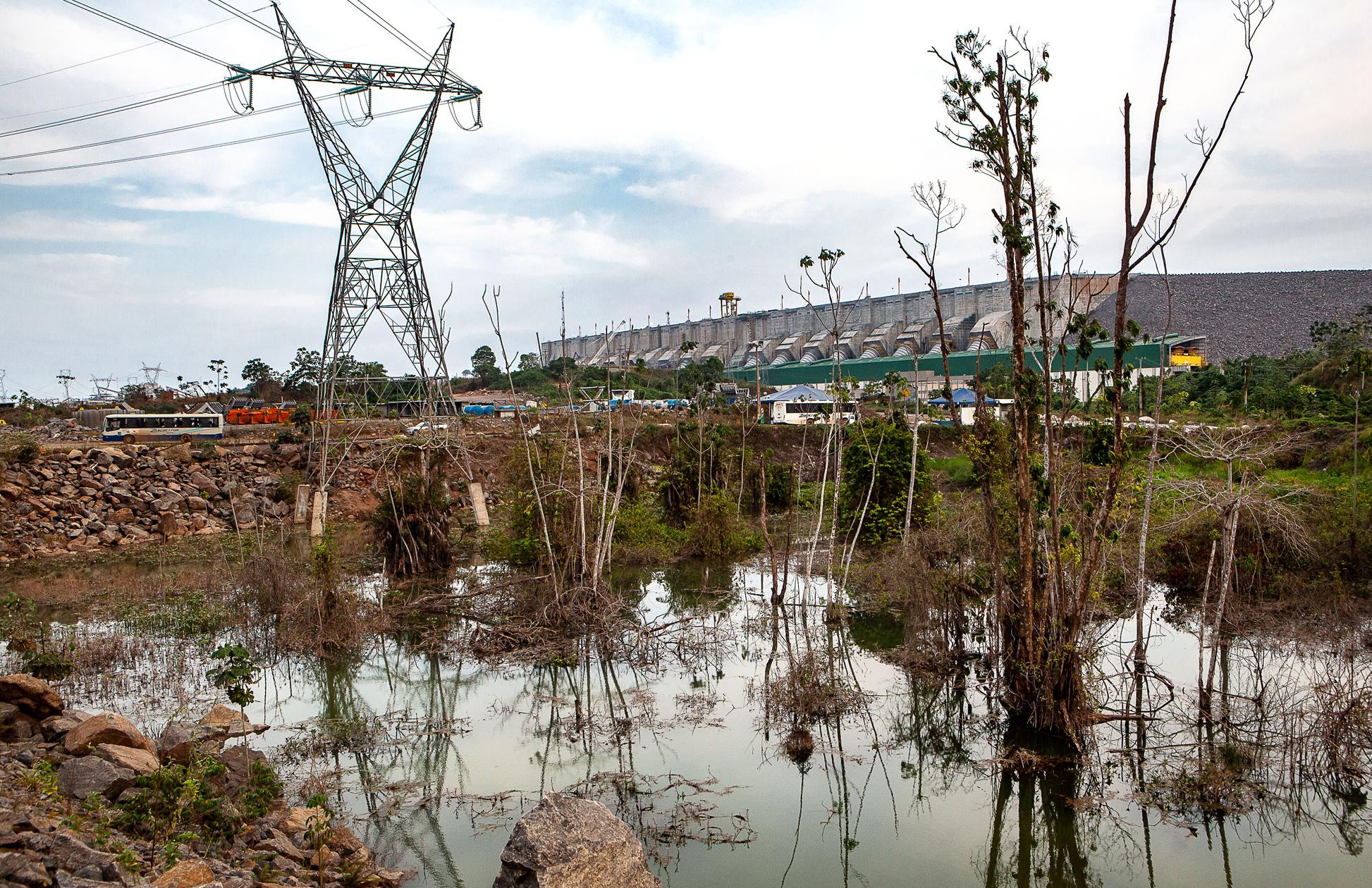 Empresa que administra Belo Monte ameaça a Amazônia Real e o jornalista Lúcio Flávio Pinto com ação por dano moral