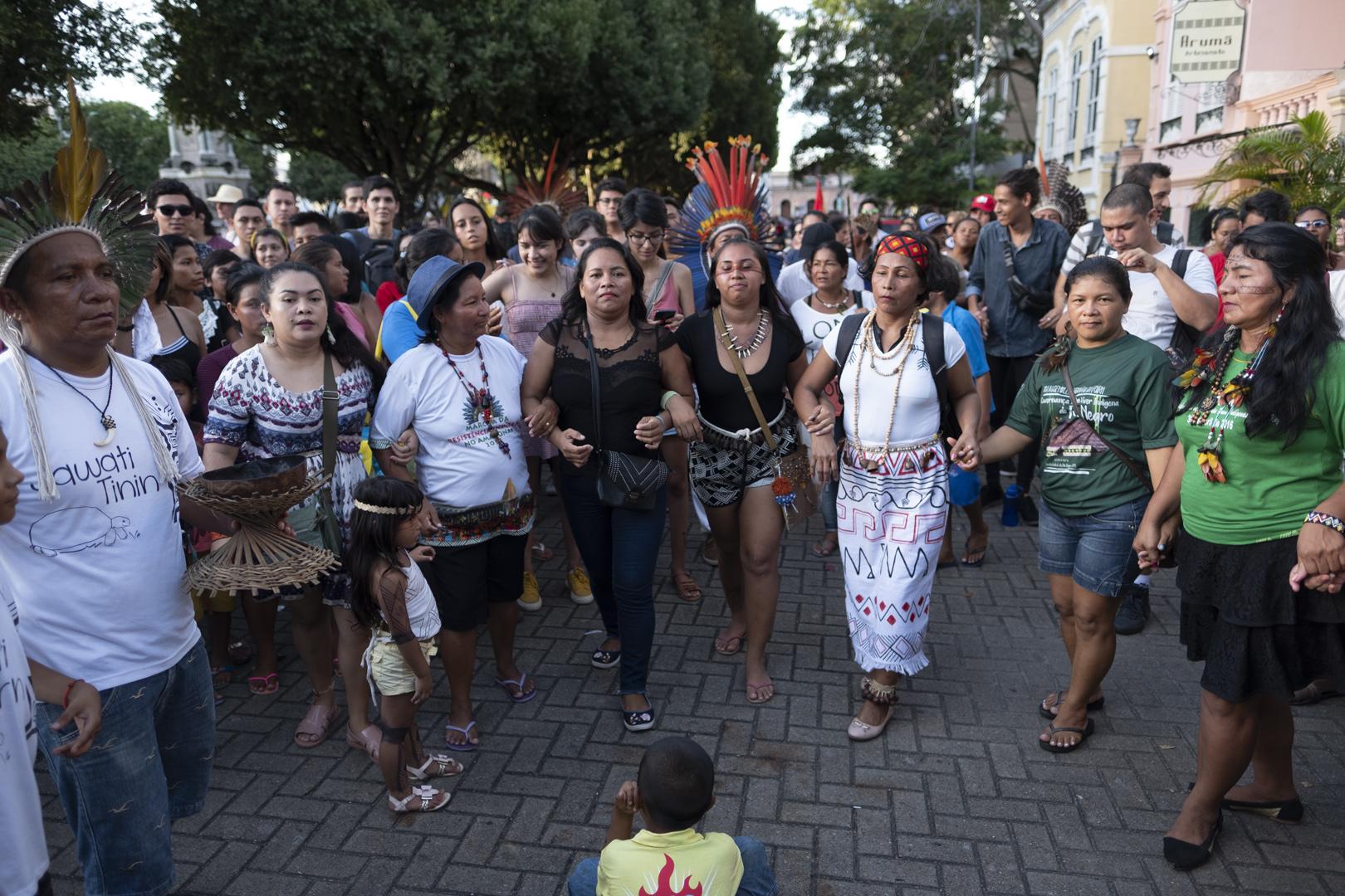 Indígenas de sete dos nove estados da Amazônia pedem demarcações na Funai