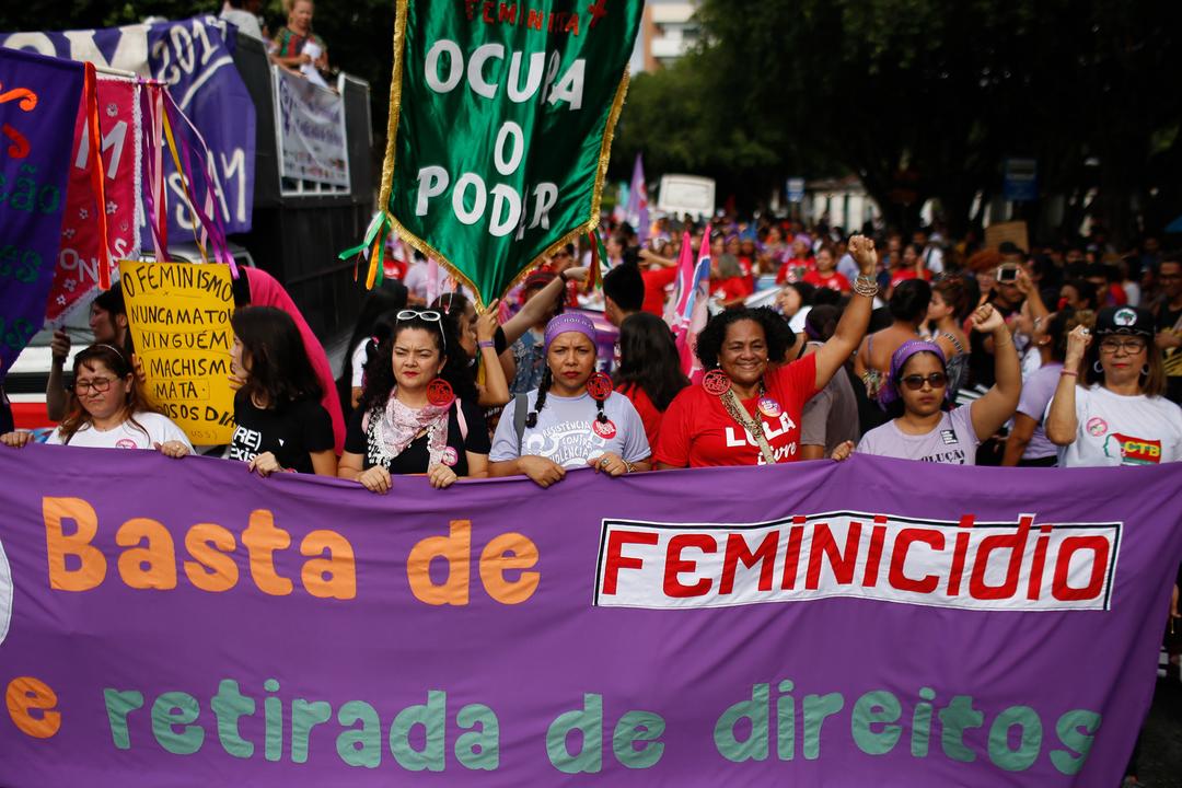 8 de Março: velhas ou jovens, mulheres querem respeito, justiça social e democracia