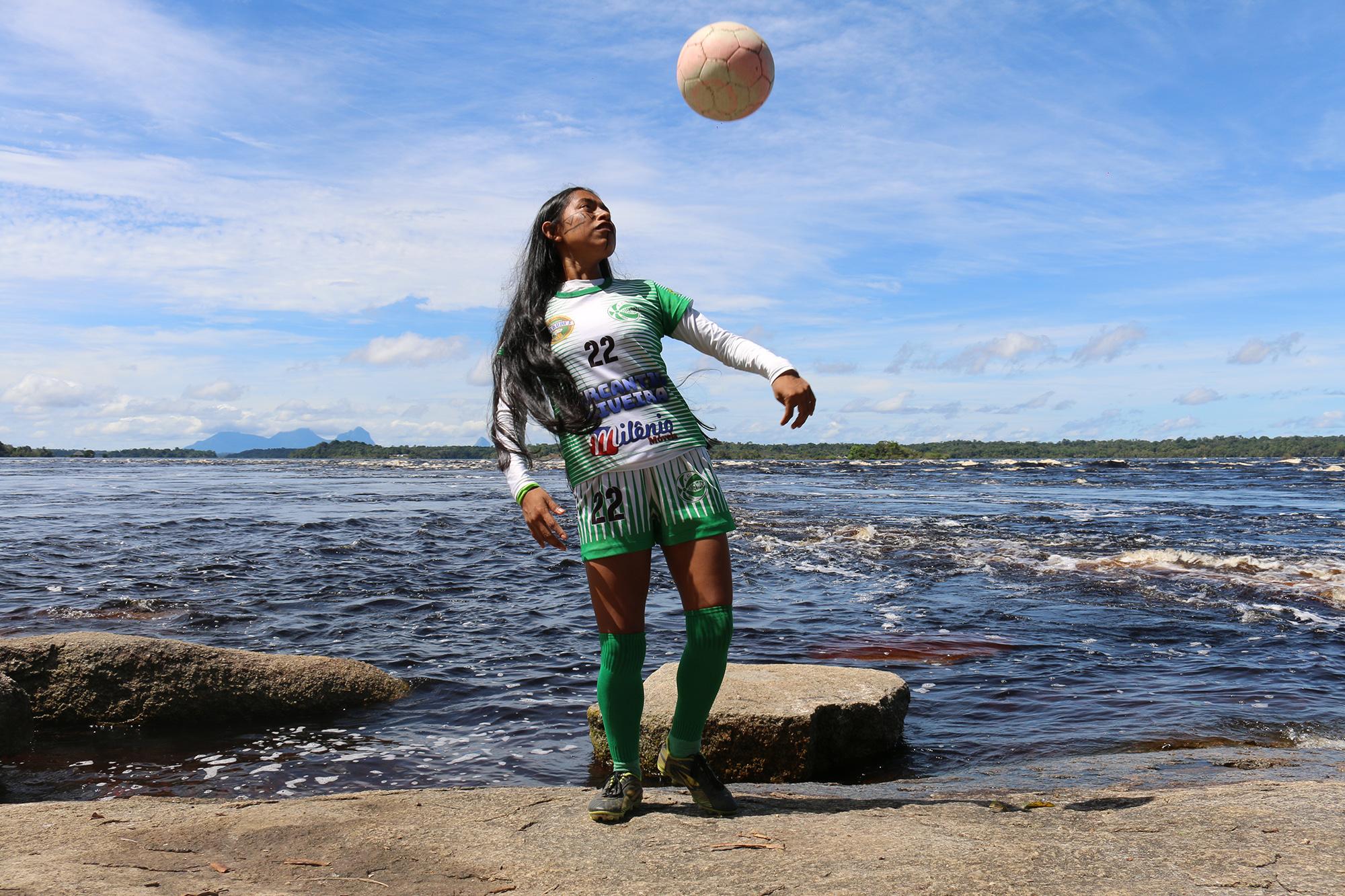 """Futebol feminino de São Gabriel terá """"Torneio Caça Talentos"""""""
