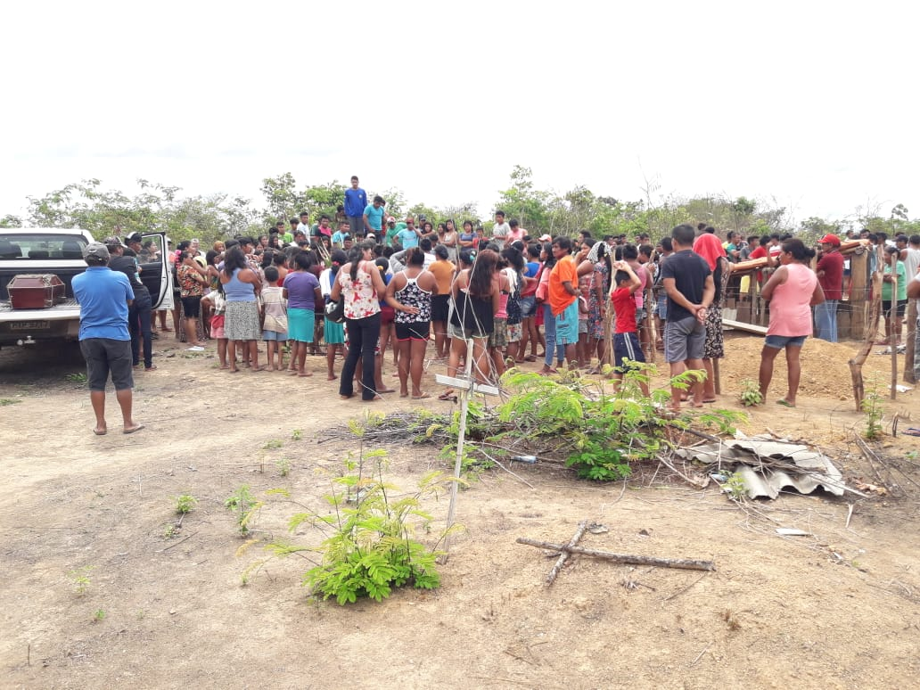 Mal enterraram seus parentes, Guajajara sofrem ameaças de morte pelas redes sociais, no Maranhão