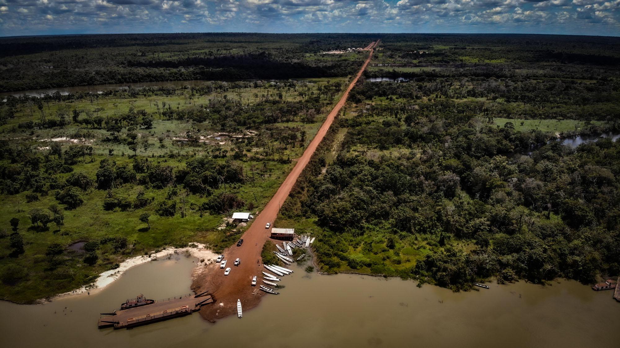 Polícia do Mato Grosso investiga ataque a tiros no território do cacique Raoni