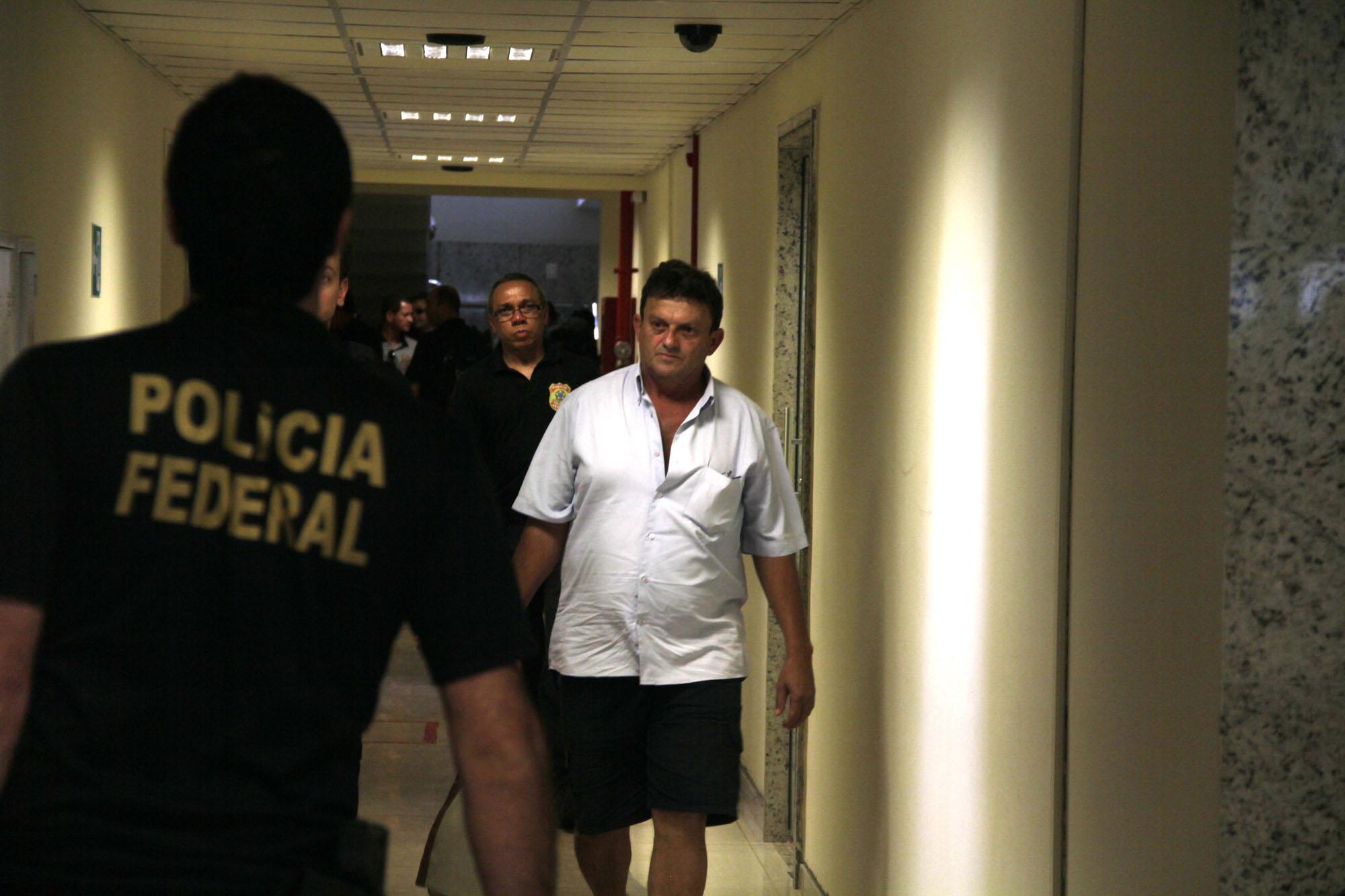 Livro desmascara as redes de pedofilia na Amazônia