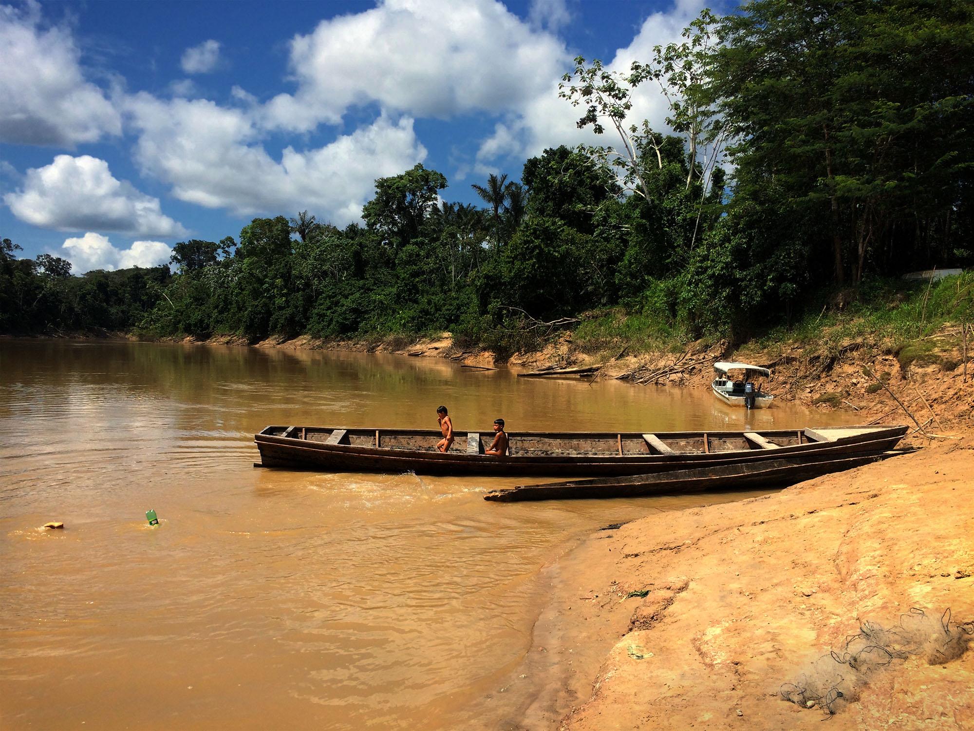 Indígenas do Vale do Javari evitam missionários  e 'Nós', a Peste Global