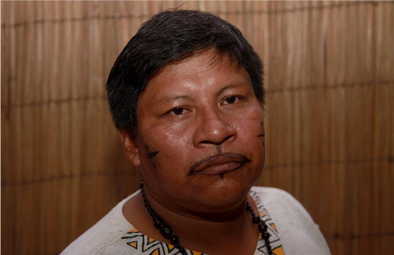Professor Tikuna, que morreu por suspeita de Covid-19, é enterrado em vala coletiva em Manaus