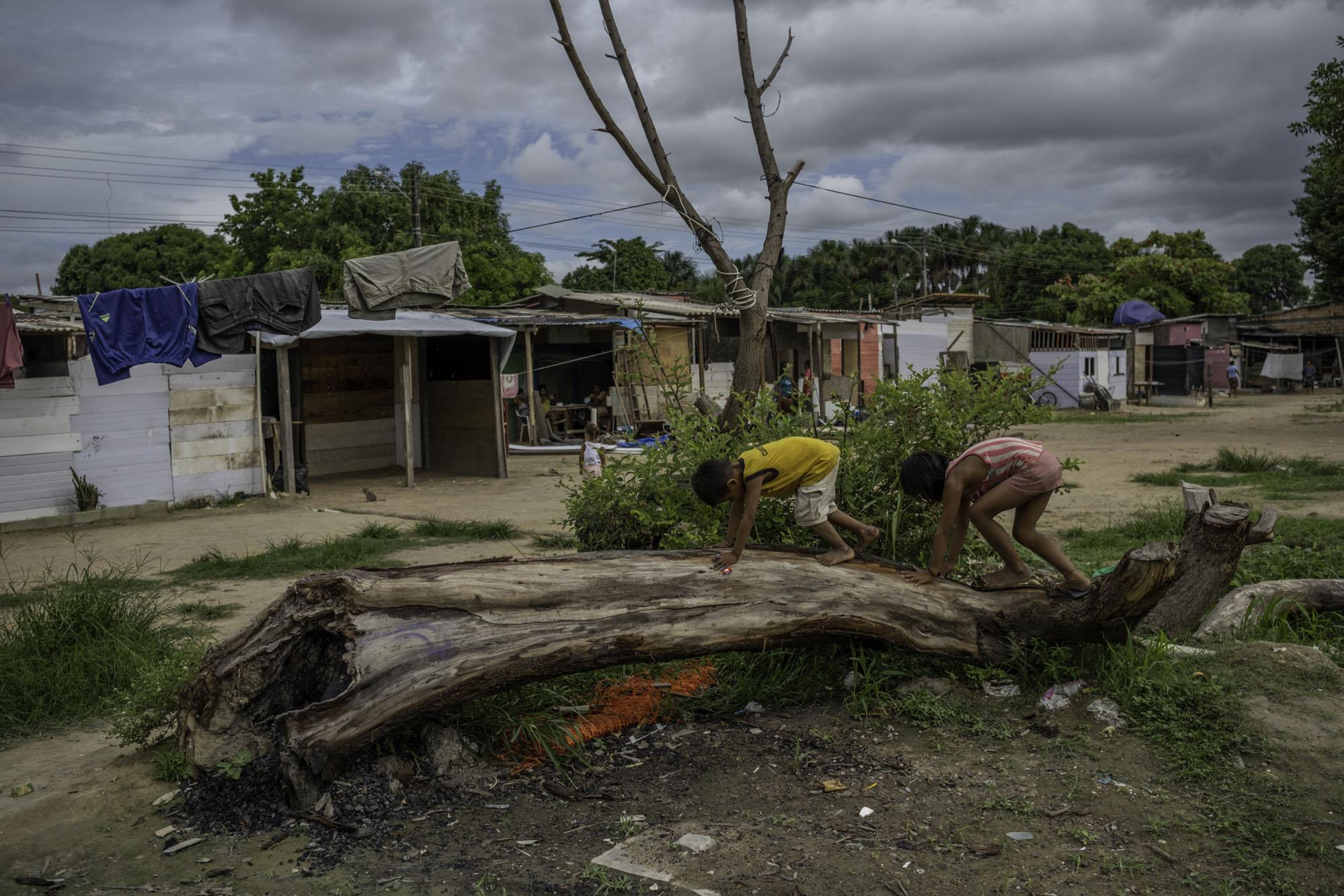 Exército ameaça despejar ocupação de venezuelanos em Roraima