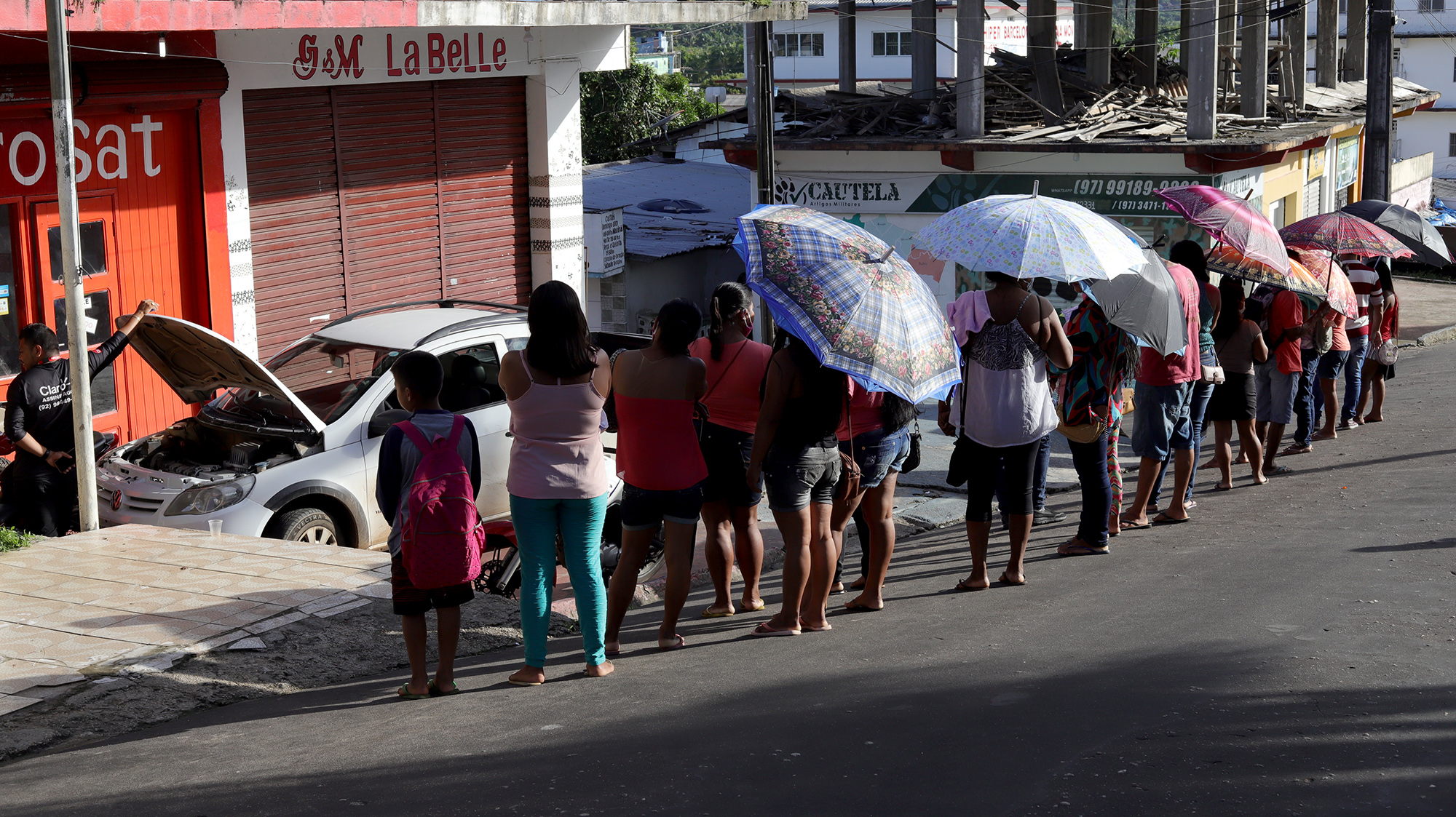 Coronavírus: aglomeração em lotérica expõe população de São Gabriel da Cachoeira