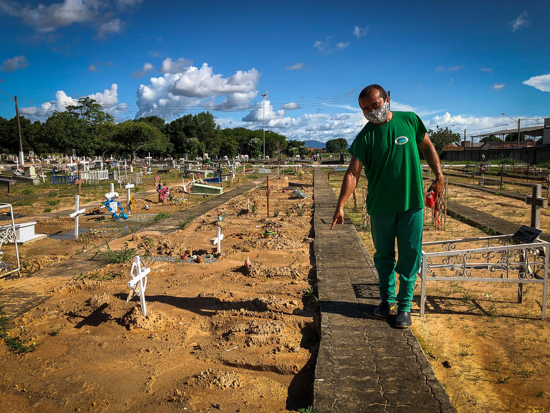 Crianças Yanomami: Três corpos de bebês estão em cemitério e um no IML de Boa Vista (RR)