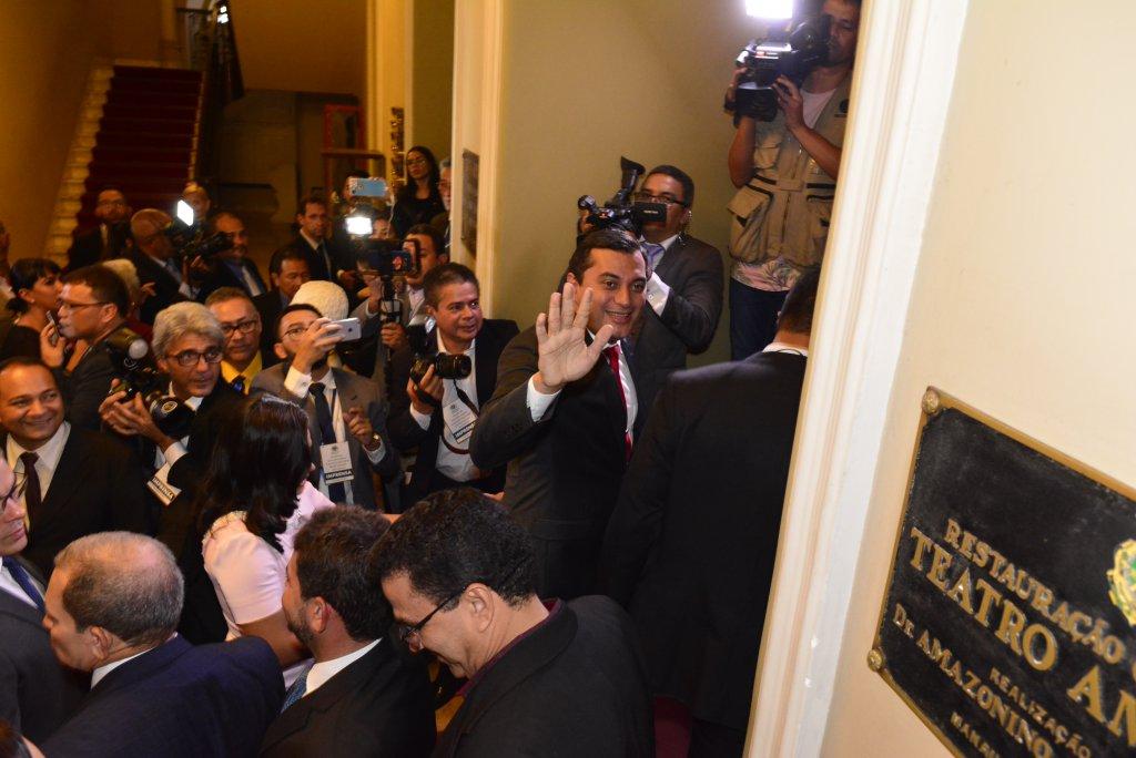 Assembleia retoma processo de impeachment contra Wilson Lima