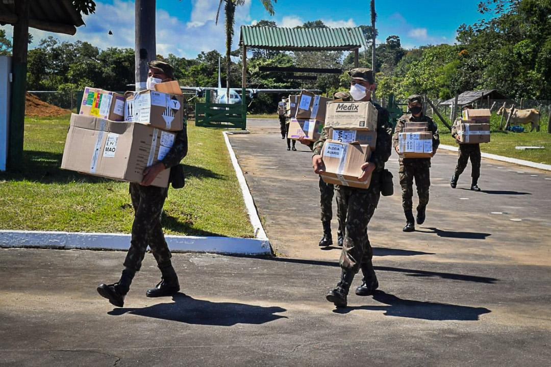 Governo Bolsonaro entope aldeias indígenas com cloroquina