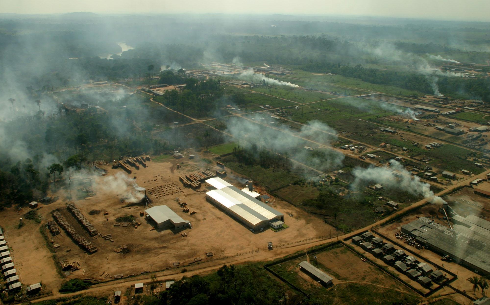 O Desmatamento da Amazônia Brasileira: 8 – Lavagem de dinheiro, exploração madeireira e mineração