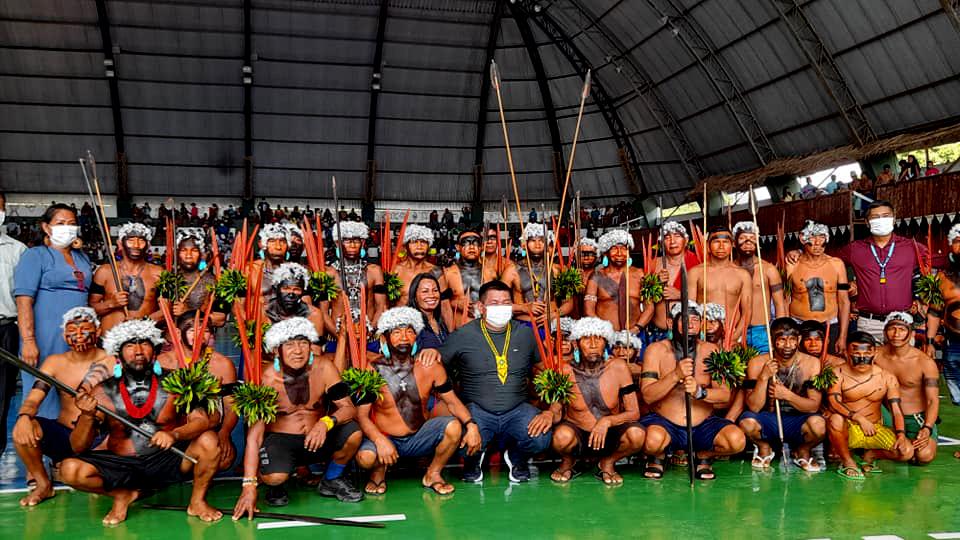Pandemia: Posse de prefeito de São Gabriel da Cachoeira aglomerou indígenas