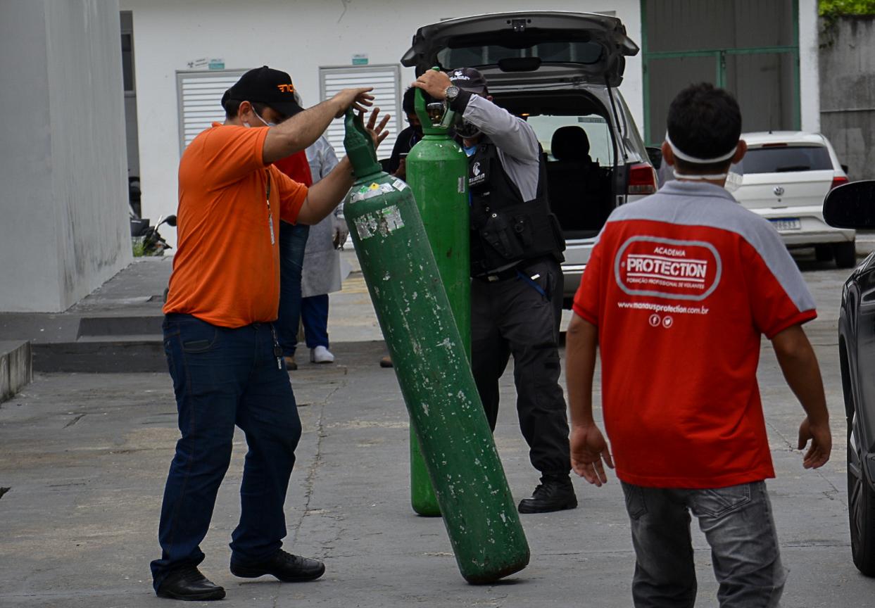 Caos na Pandemia: A luta pelo cilindro de oxigênio em Manaus