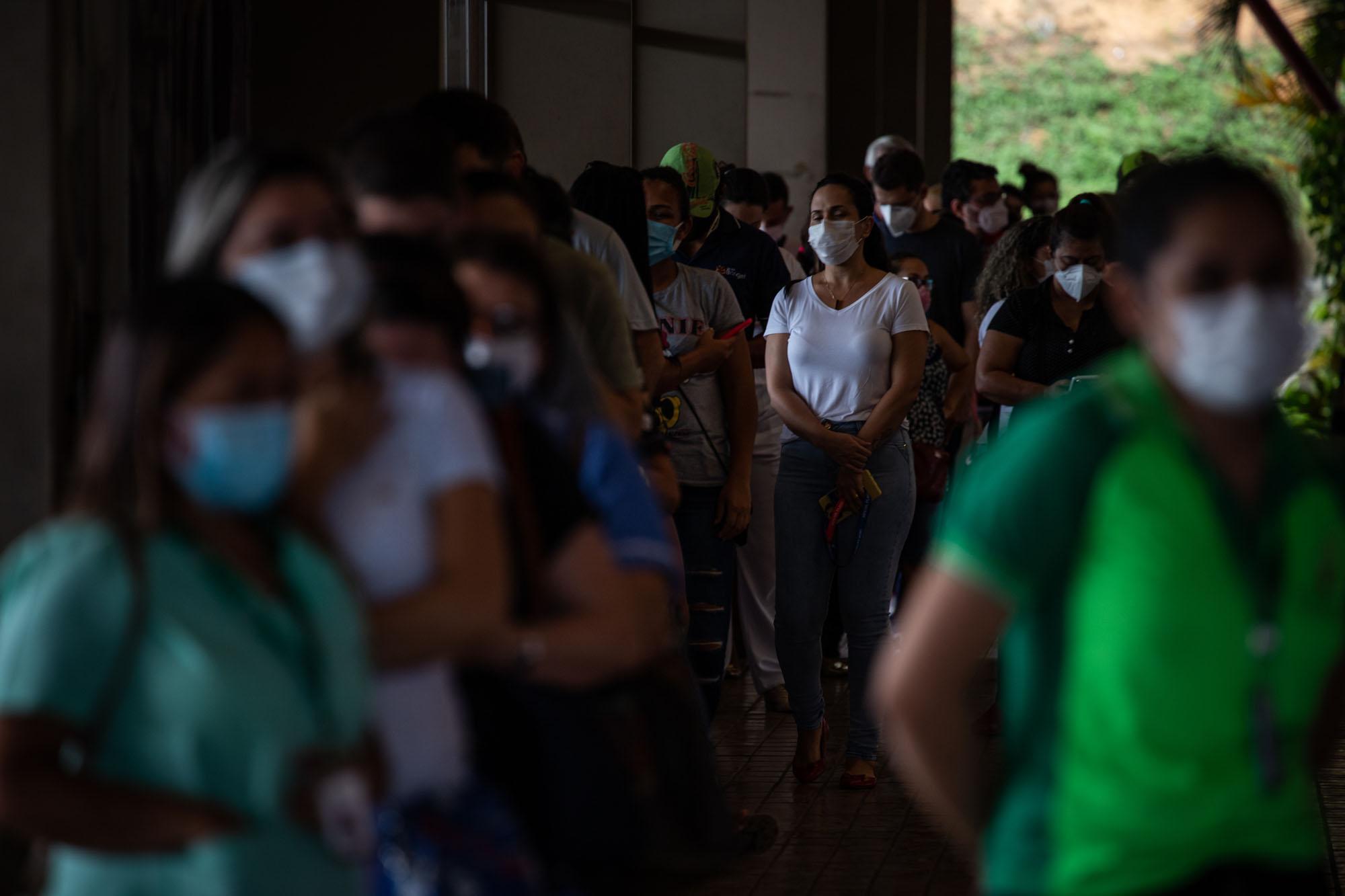 Justiça dá 10 dias para Amazonas comprar vacinas