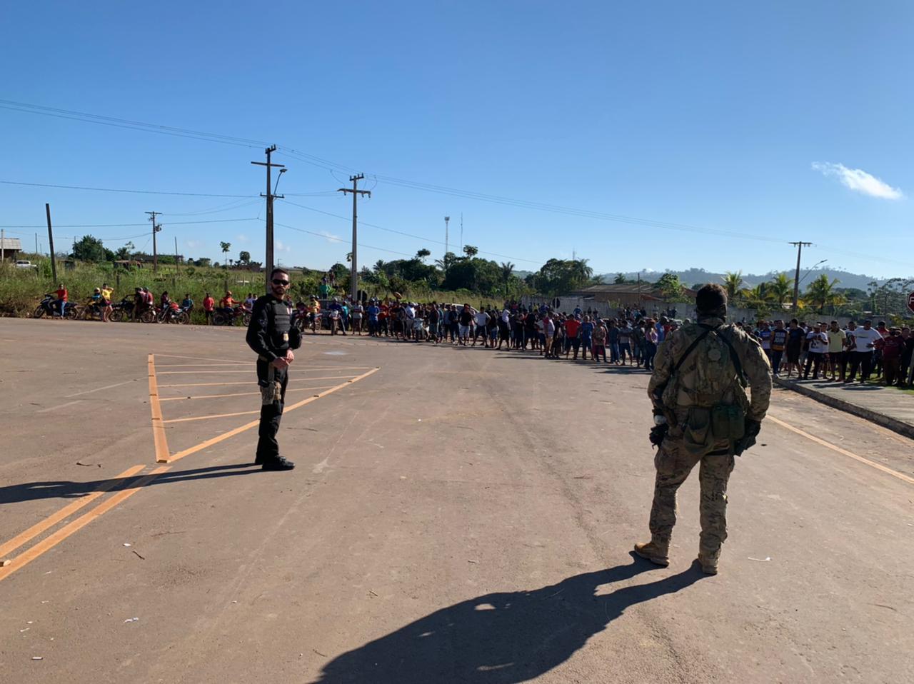 Garimpeiros barram operação da PF no Pará e indígenas são abandonados