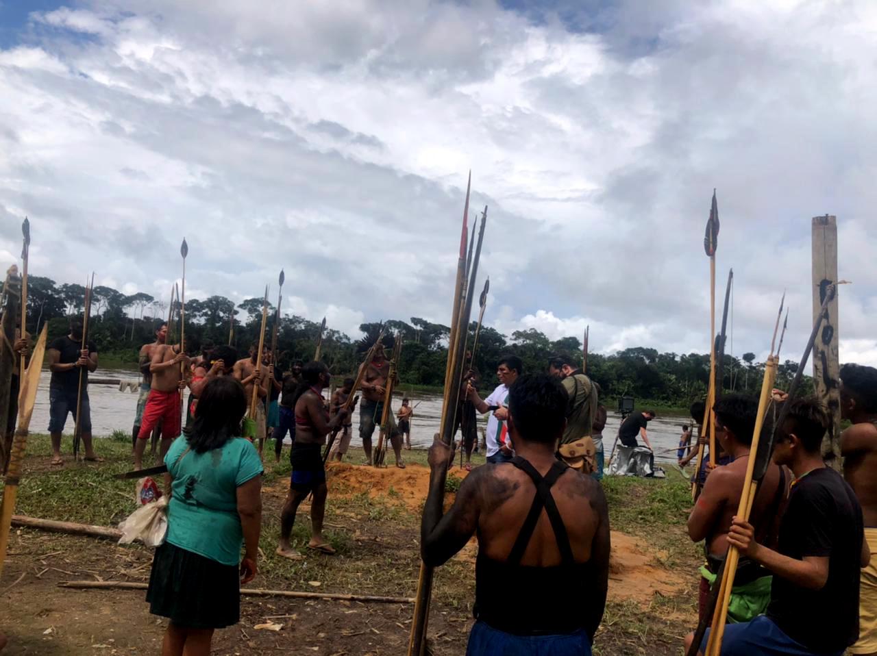 Deputados da Comissão de Direitos Humanos querem visitar aldeia Yanomami atacada