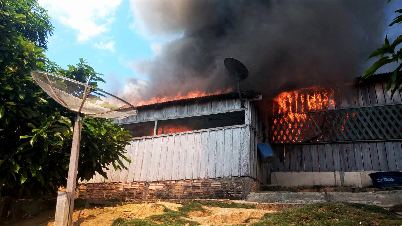 Garimpeiros atacam aldeia e incendeiam casa de liderança Munduruku