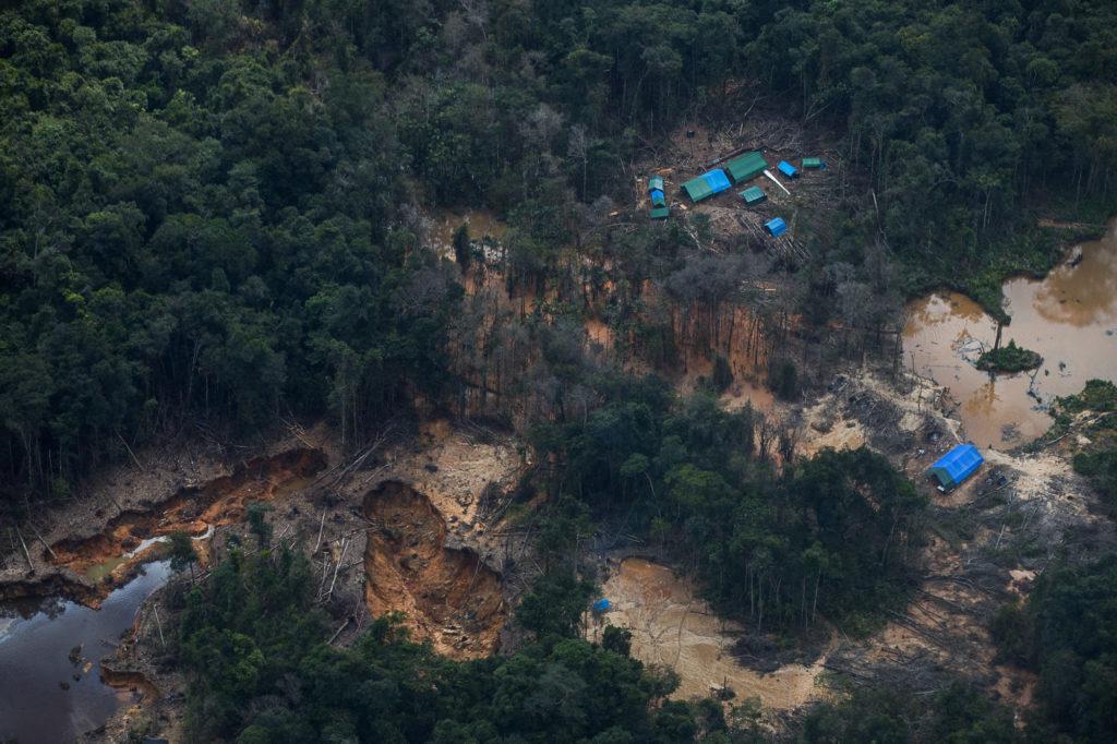 Garimpo na região do Homoxi na TI Yanomami (Foto: Bruno Kelly/Amazônia Real)
