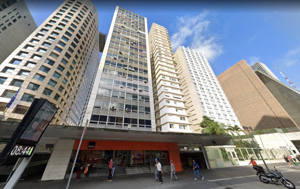 Edifício Barão do Serro Azul, na Avenida Paulista, onde fica a sede da  F.D'Gold; empresa foi a que teve maior rentabilidade em 2020 entre as três DTVMs investigadas (Imagem Google Street View)
