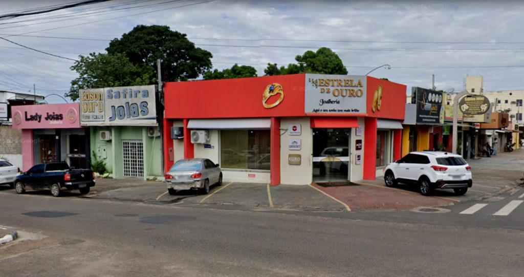 Jewelry stores at Rua do Ouro, in Boa Vista (Google Street View)