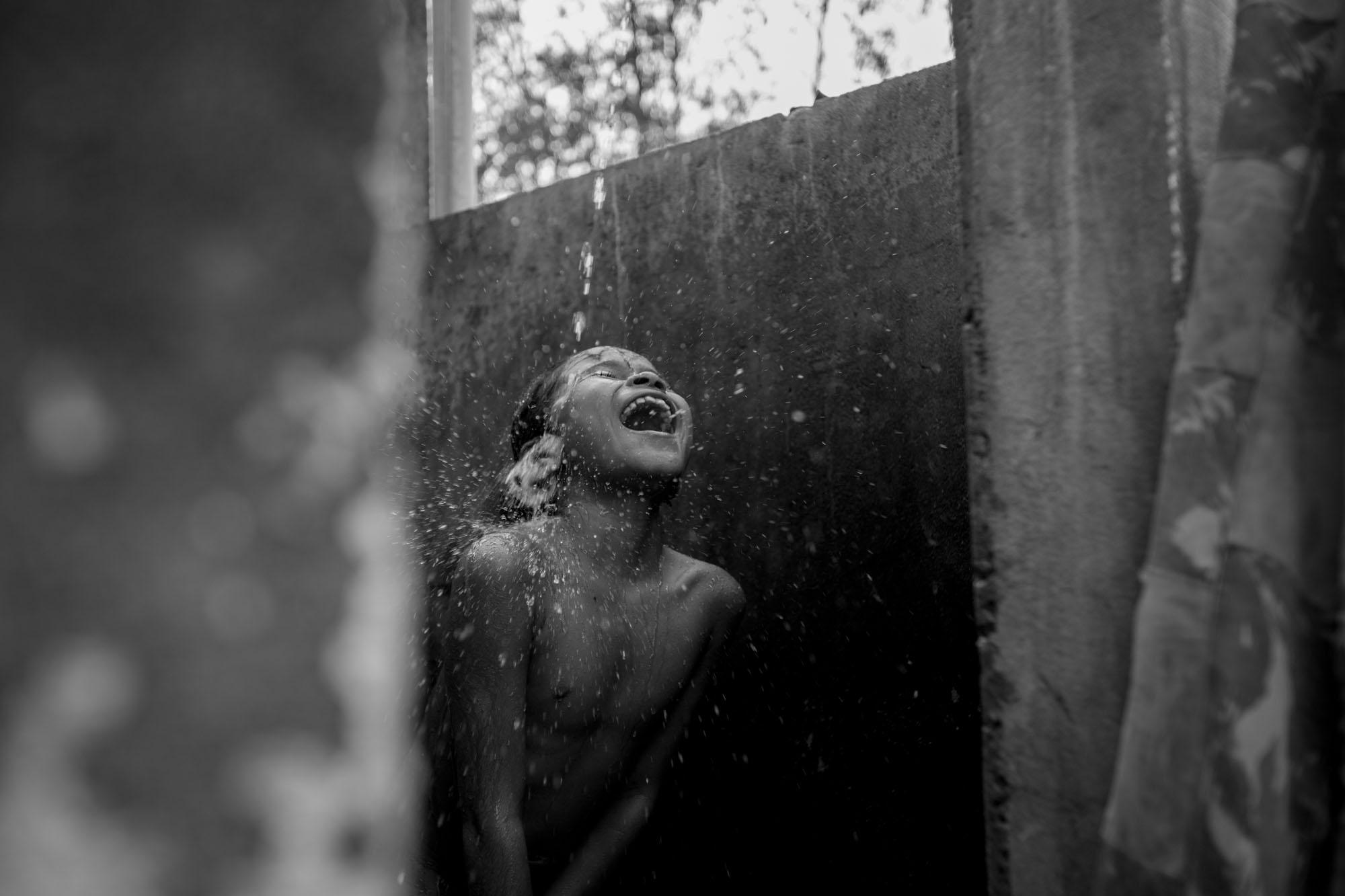 'Pseudo Indígenas' é premiada no festival de fotografia Les Rencontres d'Arles