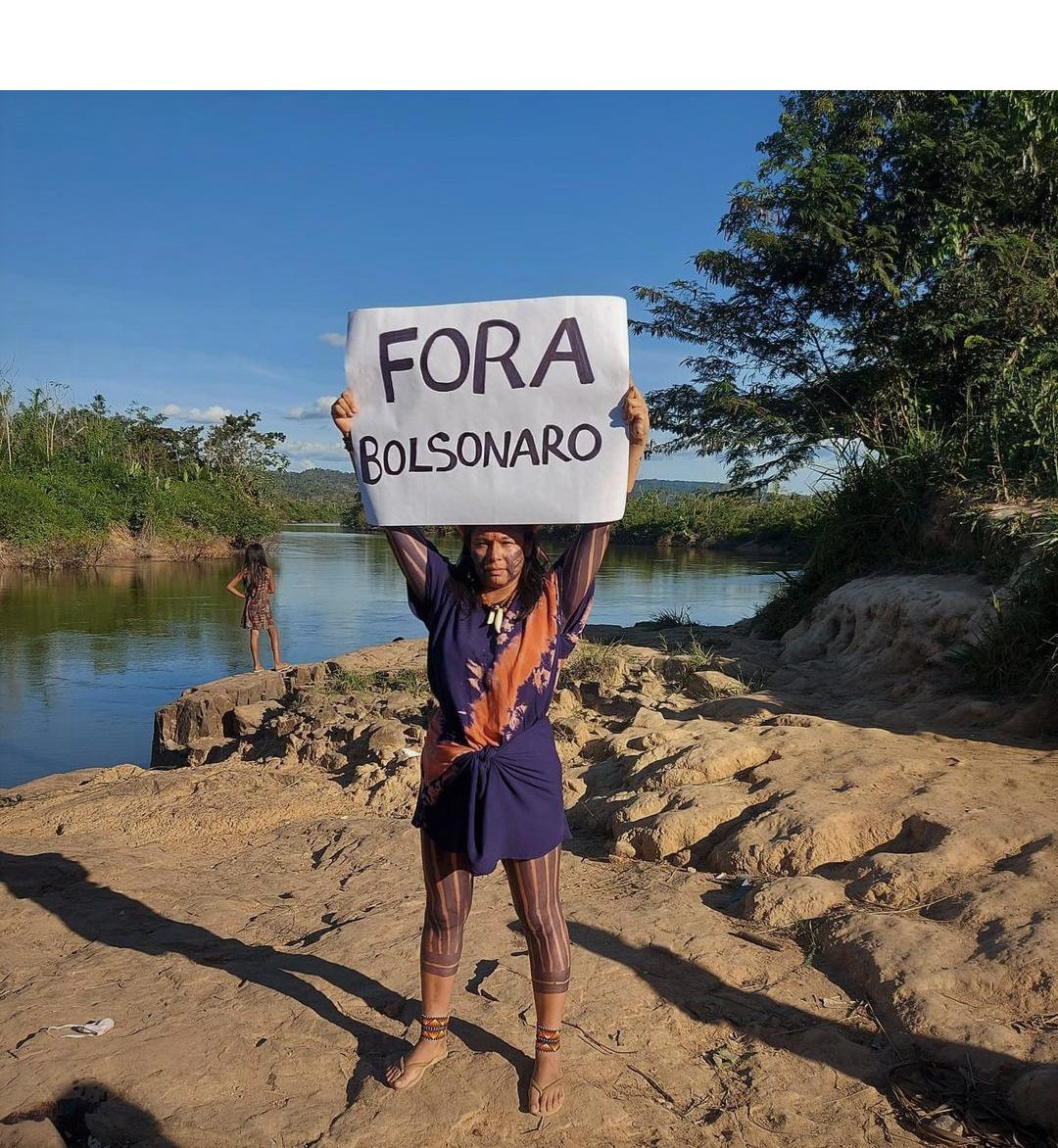 Bolsonaro quer dividir muitas famílias, diz Daiara Tukano
