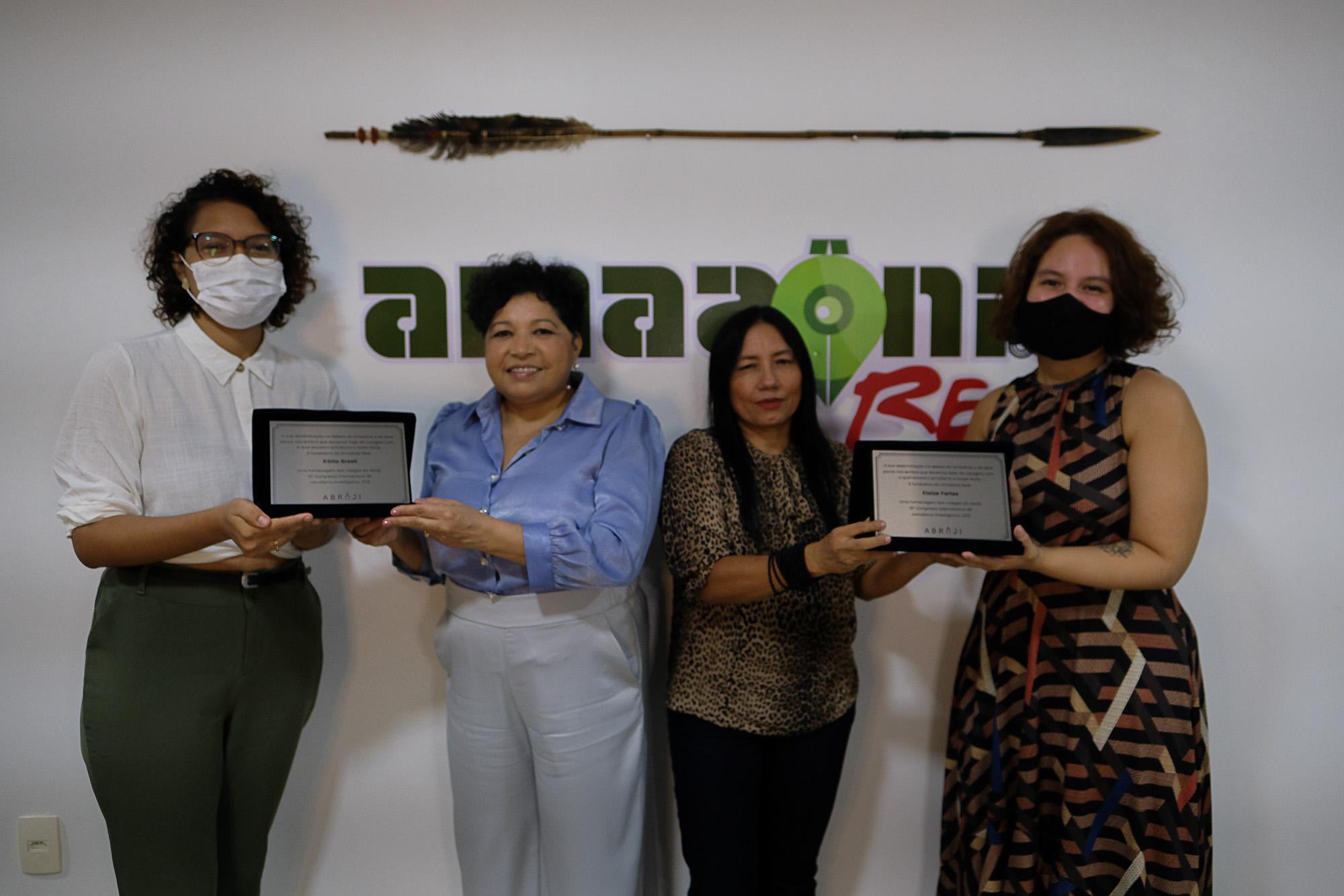 Abraji homenageia Elaíze Farias e Kátia Brasil como grandes defensoras do jornalismo e da Amazônia