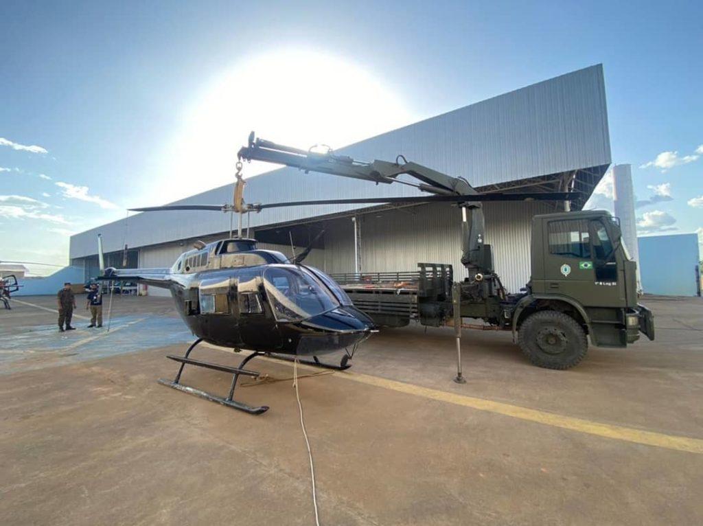 Operação em hangar encontra maquinário para garimpo