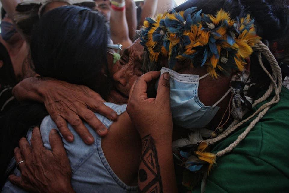 Indígenas comemoram voto contra o marco temporal de Edson Fachin